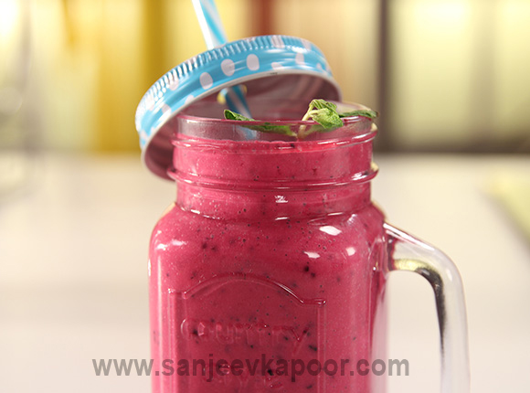 Berry Beet Smoothie