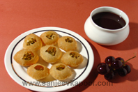 Black Grape Pani Puri KhaanaKhazana