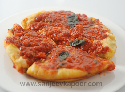 Deep Pan Pizza Sanjeev Kapoor Kitchen FoodFood