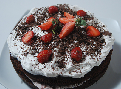 Strawberry Black Forest Sirf 30 minute FoodFood