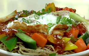 Crispy Noodles with Vegetables and Eggs